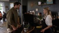 Ben Elliot als Jason und Natasha Bure als Victoria